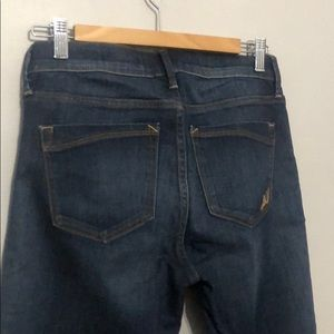 Express Jeans - Express mid rise legging faded blue.